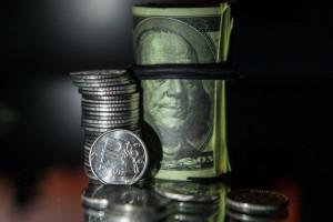 Официальный курс доллара и евро на сегодня